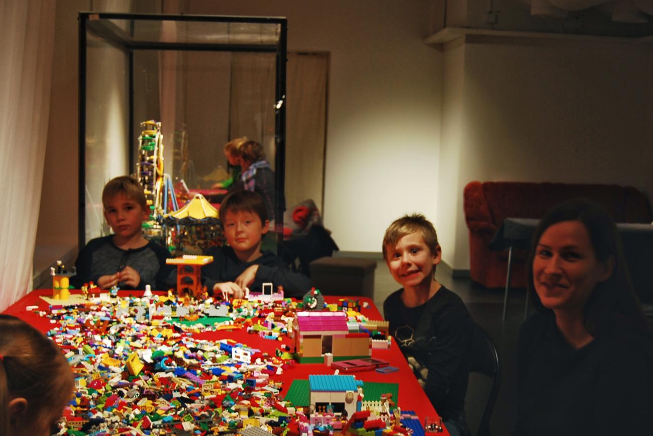 Försvarsmuseet---Sixten,-Frans,-Albin,-Rebecca-och-Vera